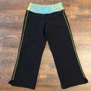 Nike Ladies XS Capri Pants